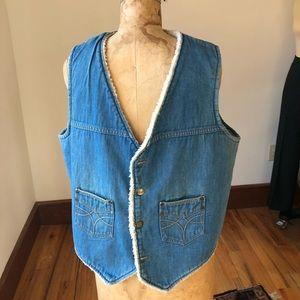 Vintage Rapid Transit Wrangler Sherpa lined vest